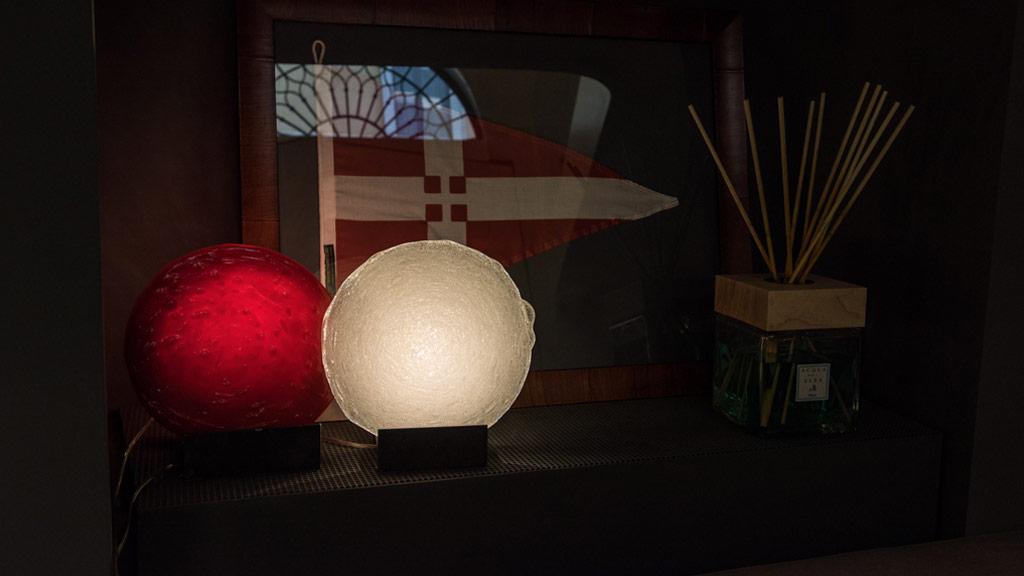 Lampade da tavolo Alone